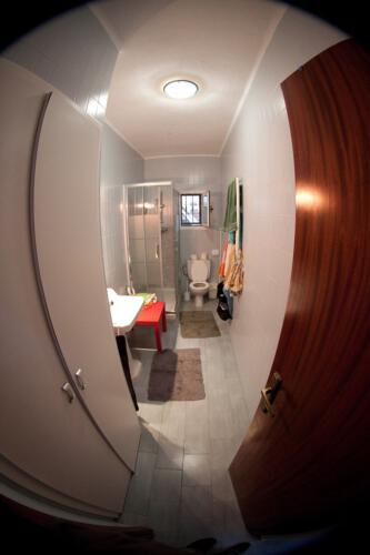 6-bathroom